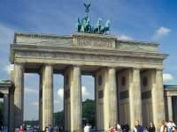 Deutschland Tourismus - Brandenburger Tor in der Bundeshauptstadt Berlin